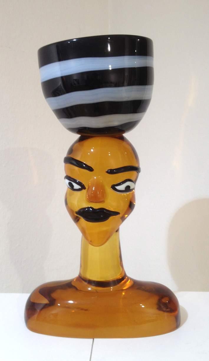Gelbe Glasskulptur