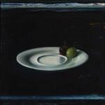 Michael Lauterjung, Trauben vor dunklem Blau, 2014, 51 x 48 cm