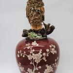 Beate Höing, Eule auf Vase, 52 x 24 x 24 cm
